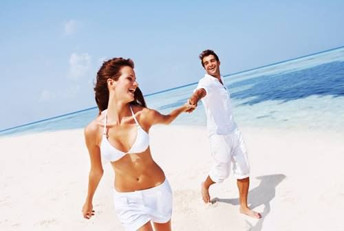 It doesn't matter where you are tying the knot! From the beach to a ballroom, we have the perfect tuxedo and suits for all: http://tuxedojunction.com/location/tuxedo-rental-woodlandhills.html  #beachwedding #beach #tuxedo #tuxedojunction #suit #weddingsuit #outdoorwedding