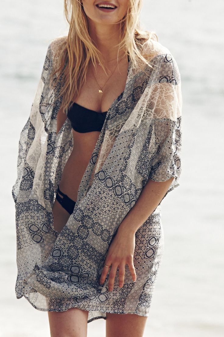 Lightweight beach cover-ups that look effortlessly pretty on and off the beach. // A&F Summer Getaway
