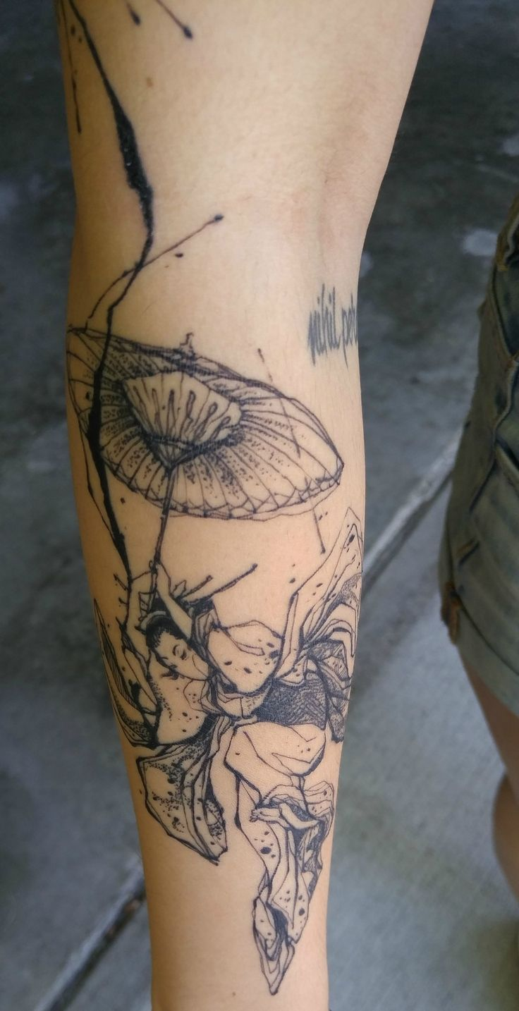 Woman with umbrella - by Nadi at Carpet Bombing Ink in Seoul, South Korea - Album on Imgur