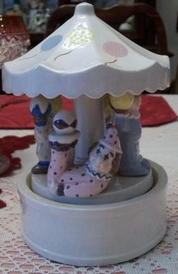 clown carousel music box by ALEXLITTLETHINGS on Etsy, $48.00