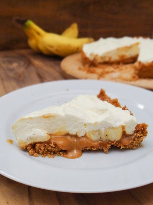 banana and dulce de leche pie @ travel cook tell - snackrifice!!!