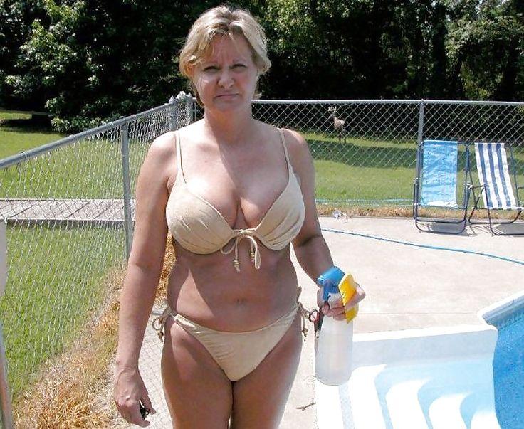 Granny Nude Women 72