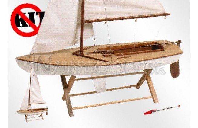 Modelo de snipe em madeira