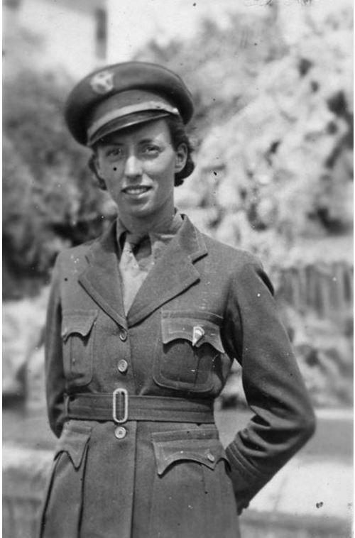 İlk kadın PARAŞÜTÇÜSÜ 1935 Yıldız Uçman