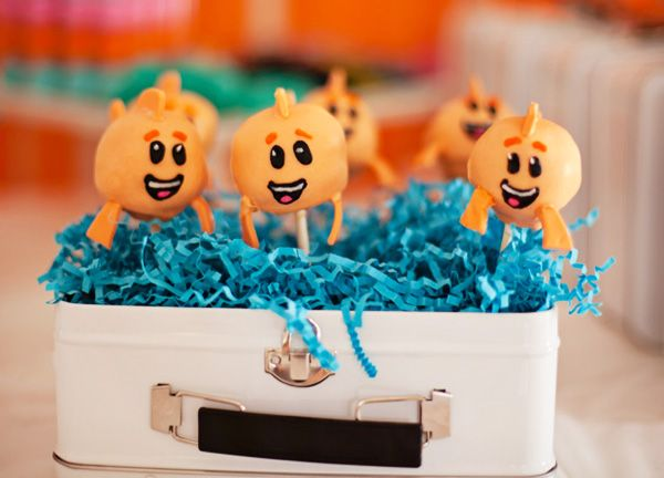 17 best ideas about bubble guppies centerpieces on for Bubble guppies fish