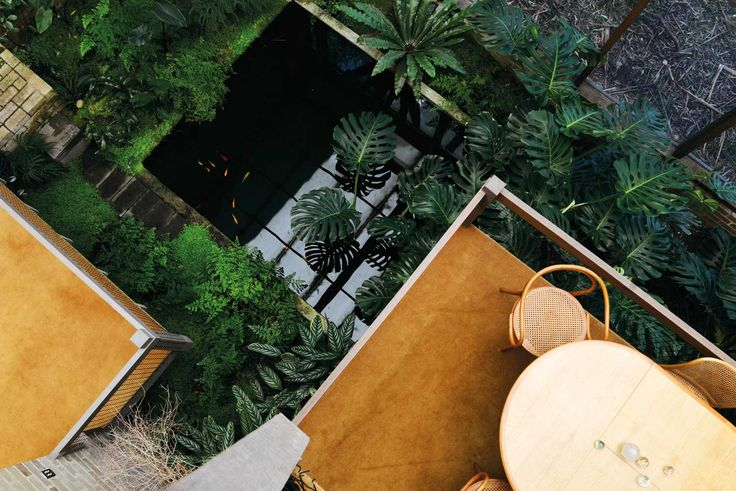 Featherston House Designed by Robin Boyd in 1967 | Yellowtrace