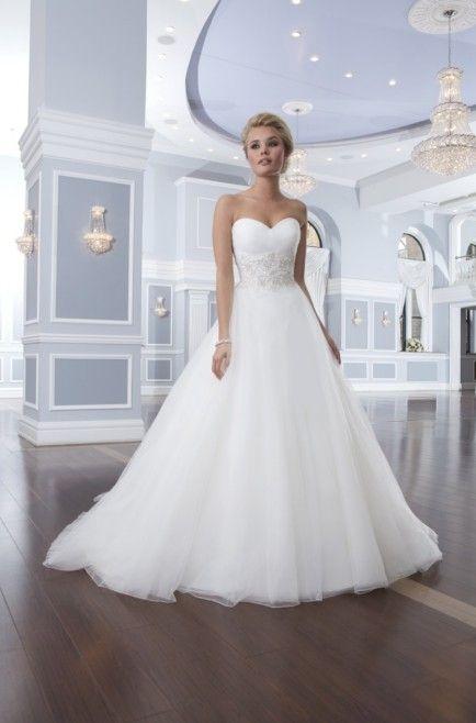 Brautkleid von Lilian West
