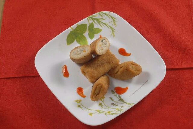 Chicken risoles by ezza pastry