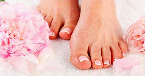GAVEKORT til wellness :  Fodbehandling, Zoneterapeut og/eller Massage. ------------------------------- Deal på fodbehandling:  Spa Pedicure hos Beauty Looks, værdi kr. 750,- (Deal: Skal købes inden d. 10.dec og få det til 375kr).