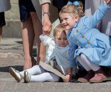 Wie süß! Die Mini-Prinzessinnen Leonore und Estelle von Schweden sind schon beste Freundinnen!