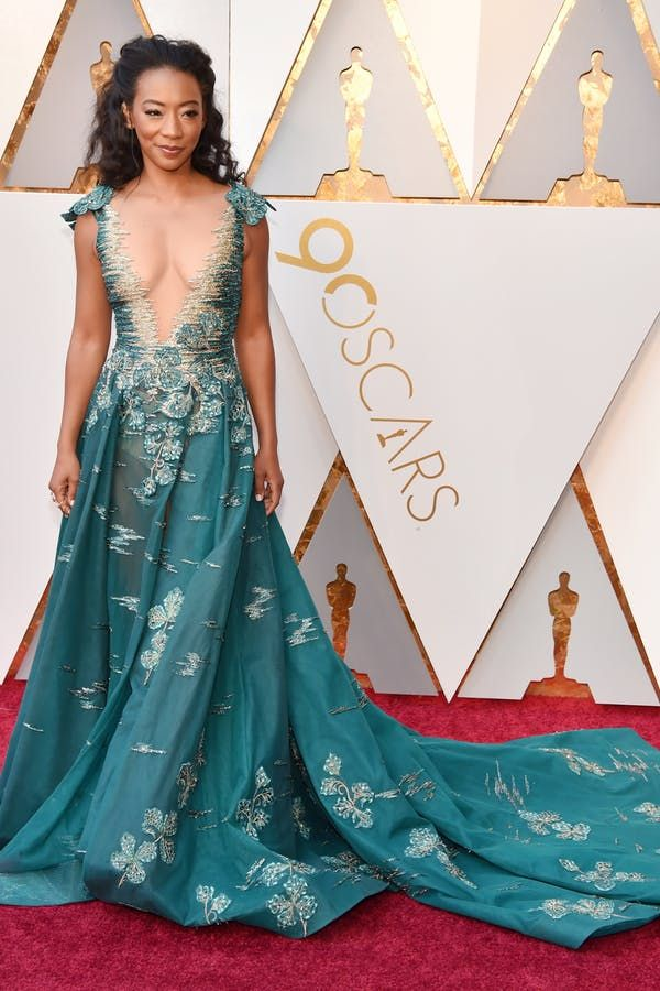 All the Best Red Carpet Looks from the 2018 Oscars #purewow #news #trends #celebrity style #oscars #fashion #celebrity #red
