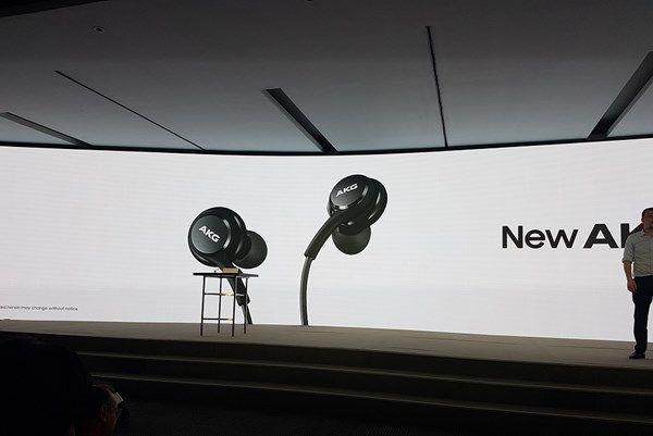 Samsung Galaxy S8 terá fones AKG e — óbvio — as imagens já vazaram