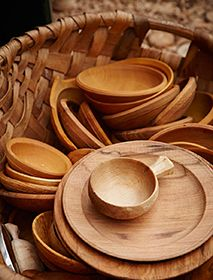 Mellow wood bowls by Robin Wood (in Homes and Gardens)