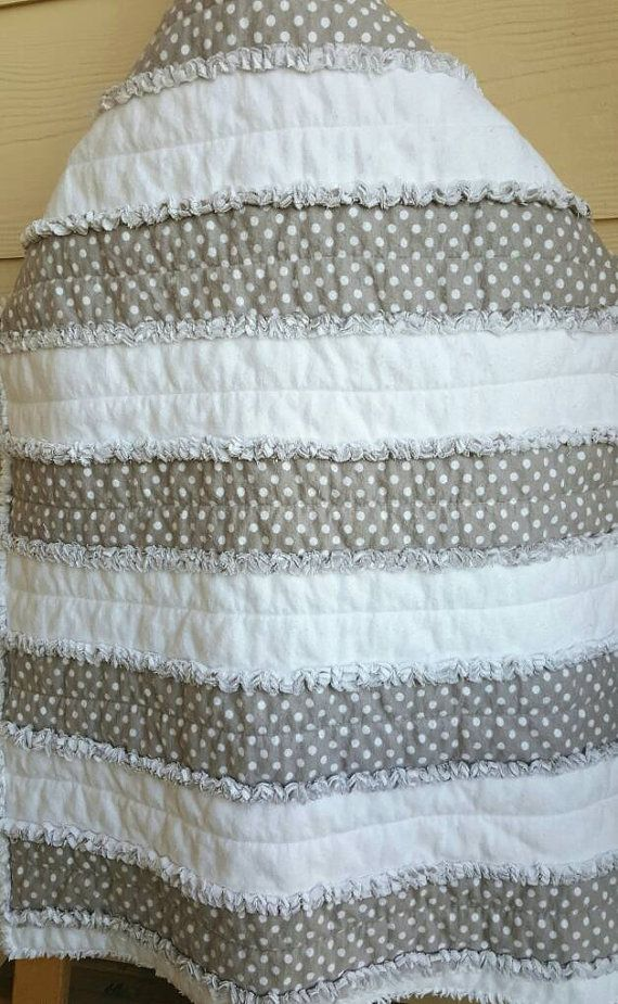 Hey, I found this really awesome Etsy listing at https://www.etsy.com/listing/404931324/gender-neutral-baby-quilt-grey-and-white