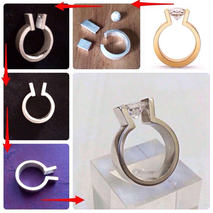 anello con pietra in tensione