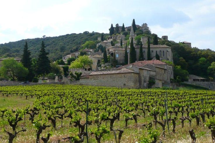 La Roque-sur-Cèze et les cascades du Sautadet : Les villages de France les plus romantiques - Linternaute