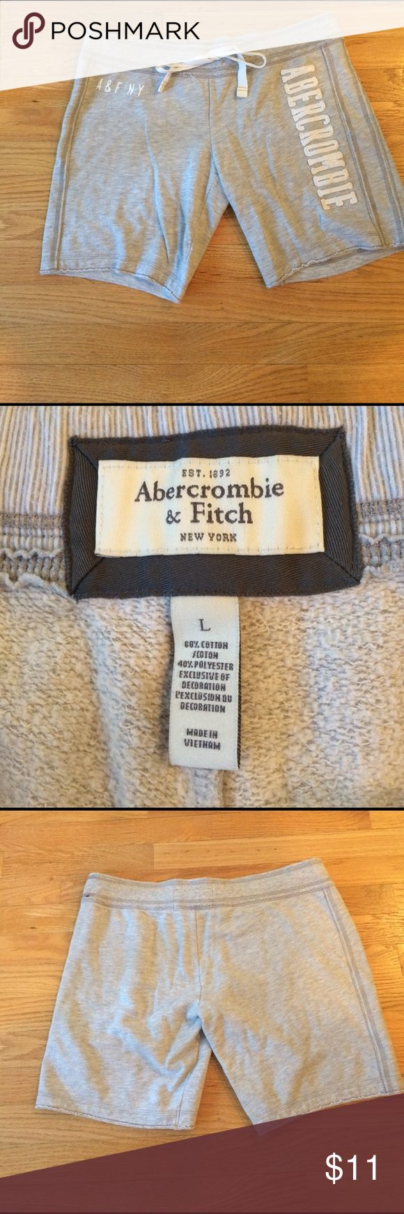 Abercrombie and Fitch Bermuda shorts Abercrombie and Fitch Bermuda shorts. Gray. Perfect condition. Size large. Abercrombie & Fitch Shorts Bermudas