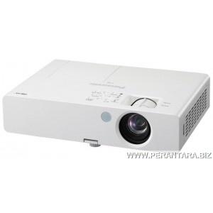 LCD Projector Panasonic PTLB 2VE