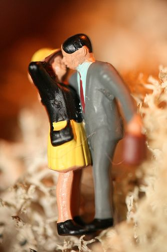 Nourish Your Marriage: 20 Fun Date Ideas On The Cheap