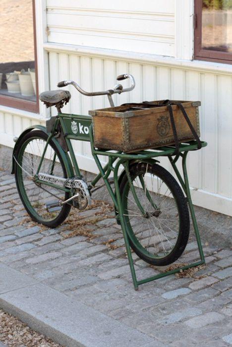 elegant vintage cargo bike from Sweden