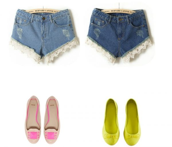 Lace Opening Denim Shorts