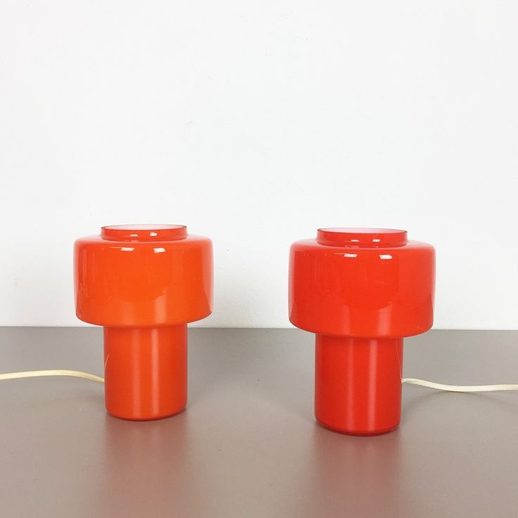 Set of 2 120.15 in red & orange desk lamps from the sixties by Uno & Östen Kristiansson for Luxus Vittsjö