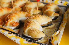 La Tavola Allegra: Cornetti Salati di Pasta Brioche con Farciture Miste