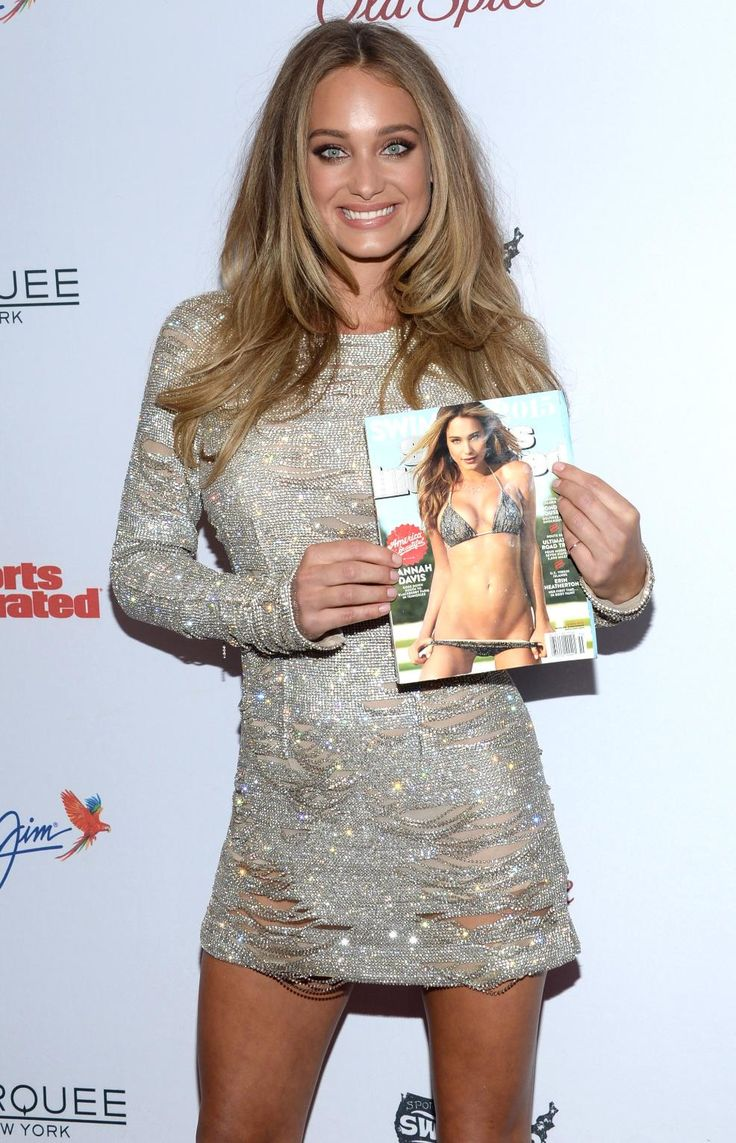 Sports Illustrated Swimsuit Issue model defends cover as