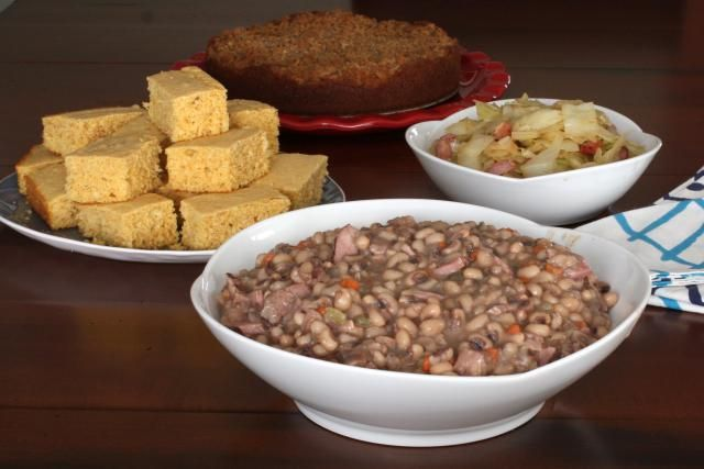 Here's a spicy black-eyed pea recipe made with dried black-eyed peas, spices, chopped onions, celery and other vegetables, and a little salt pork or hog jowl and ham.
