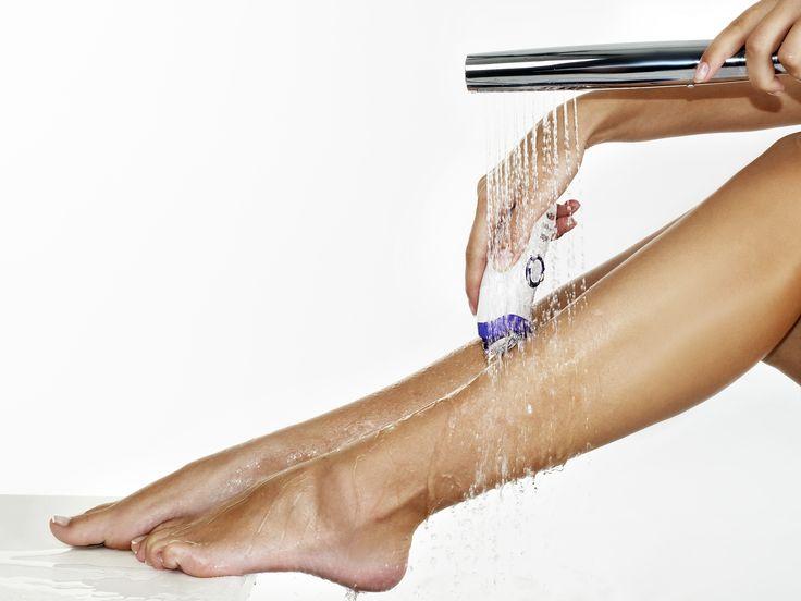 #Braun, als weltweit vertrauenswürdigste #Epilationsmarke, setzt mit dem Braun #Silk-épil 9 Epilierer einen neuen #Qualitätsstandard. Dank bahnbrechender Innovationen sorgt er für die bisher präzisesten Ergebnisse in kürzester Zeit: Durch einen 40 % breiteren Epilierkopf wird 40 % mehr Fläche abgedeckt, sodass mehr Haare in einem Zug erfasst und entfernt werden und eine schnellere Epilation garantiert ist.