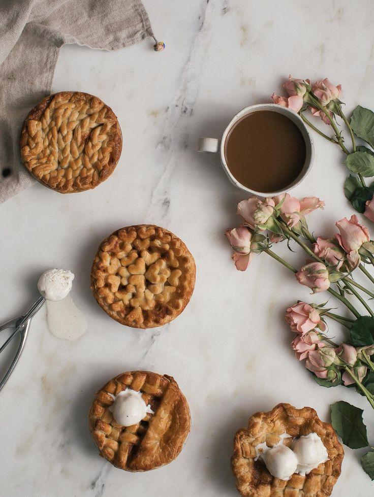 Mini Caramel-Chai Spiced Apple Pies – A Cozy Kitchen