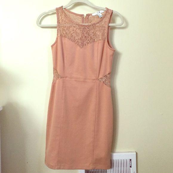 Tan lace dress! Tan body con dress Forever 21 Dresses Mini