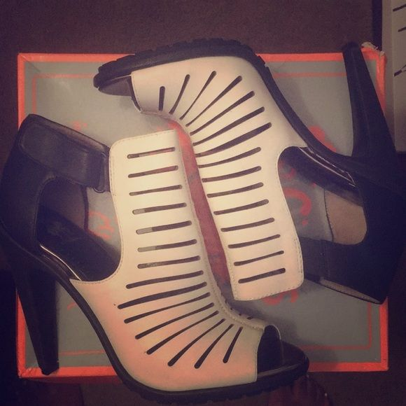 Circus by Sam Edelman Shoes - Brand new Circus by Sam Edleman heels!