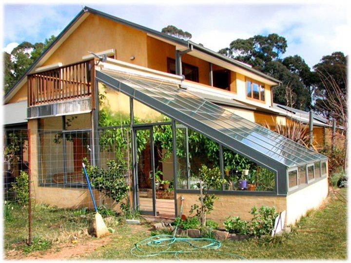 love love love the attached greenhouse