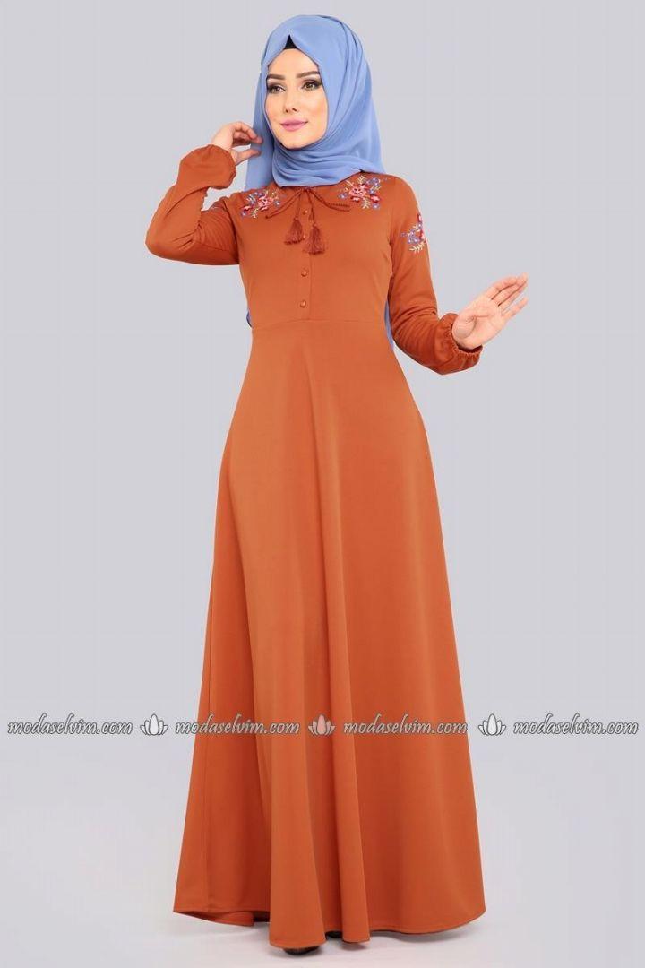 Cicek Nakisli Tesettur Elbise Lrj522 S Kiremit Moda Selvim 2020 Elbise Elbise Modelleri The Dress