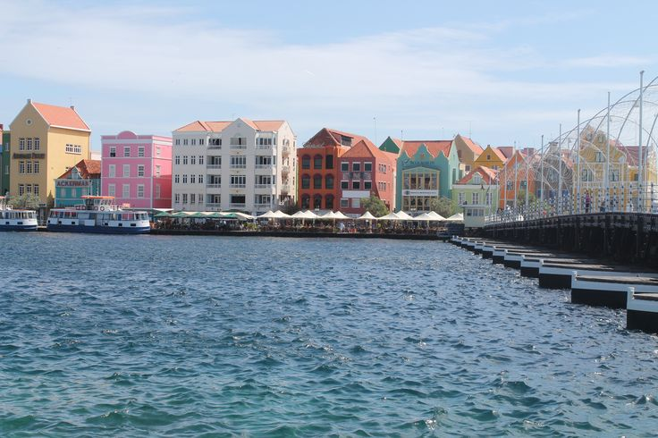Vibrant Caribbean: Curacao Is An Amazingly Vibrant Country! #color #paint