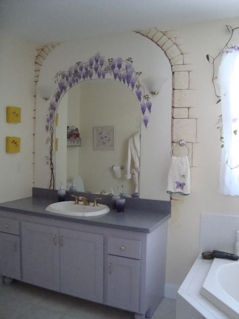 Wisteria And Frogs Bathroom   Painted Furniture By Sue