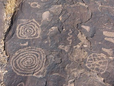 Anasazi Ancient Spiral Petroglyphs. One of the several ... | 400 x 300 jpeg 32kB