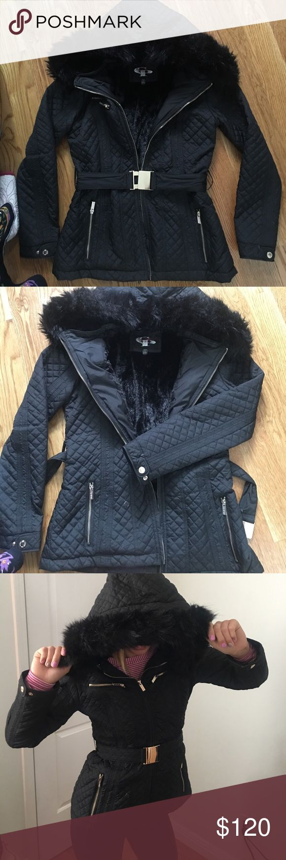 Black faux fur winter/ski jacket Gorgeous winter jacket. Similar to Burberry style, high quality material lined with back faux fur and hood. Hood is detachable so can be worn as a normal layered jacket, zipped up or open and has a cute fit tighter at the waist and slight flare and the bottom. Buckle belt gold clasp. Size small fits snug. Model shown wears a size xs-small. Make an offer!🖤❄️☃️ ***Burberry for inspo only*** Burberry Jackets & Coats Pea Coats