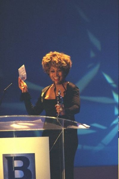 Тина Тернер на Brit Awards, Лондон, 18 февраля 1996