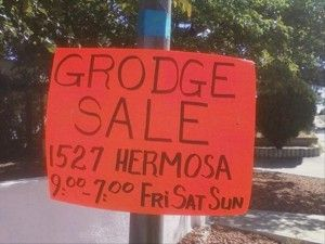 """A Series of Unfortunate Spelling Errors: I guess we should be grateful they wrote """"sale"""" instead of """"sell"""" or """"sail."""" #grammarfail"""