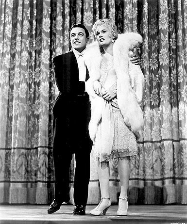Singin `in the rain, Stanley Donen y Gene Kelly, 1952. MGM. Kelly (Don Lockwood) y Jean Hagen (Lina Lamont) vestidos por Walter Plunkett.