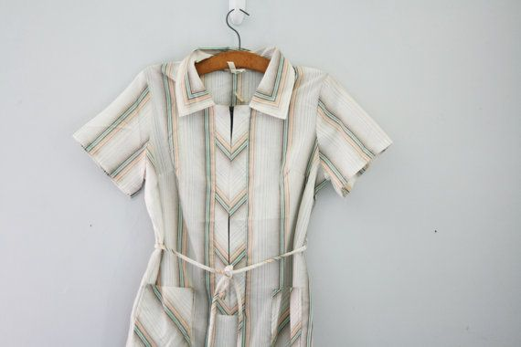 vintage 70s Plus Size Chevron Tiny Stripes by littleveggievintage
