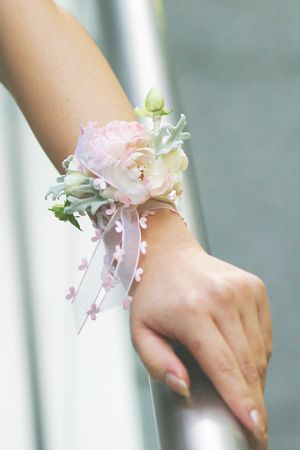 柔らかい色合いが優しさを強調♡結婚式・ウェディング・ブライダルの参考にしたいリストレットの一覧♡