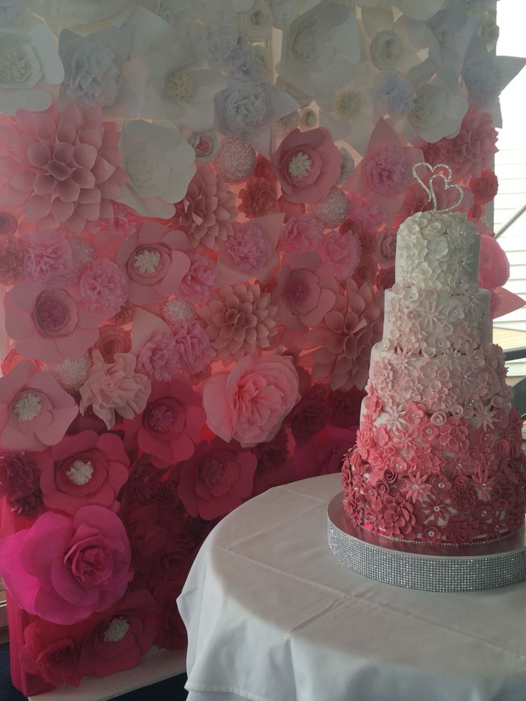 Paper flower wedding wall... By www.thepaperflorists.com