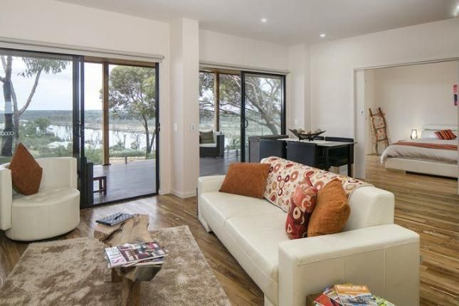 Pike River Luxury Villas -, a Renmark Villa | Stayz