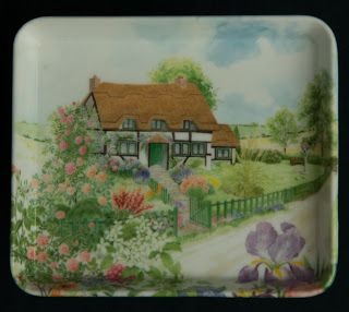 Mebel Melamine Snack Tray --  Thatched Cottage, small size, made in Italy.