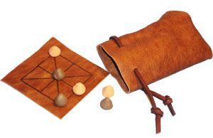 Three Men's Morris a popular medieval board game