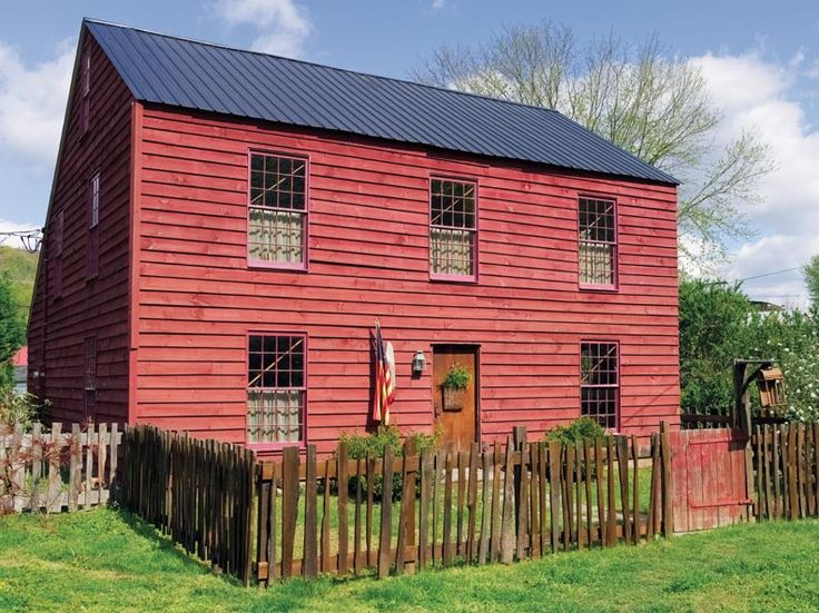 239 best saltbox bliss images on pinterest saltbox for Saltbox colonial house plans
