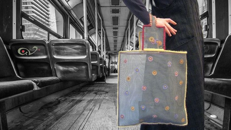 Soft screen handmade handbag with flowers #studioAN #handbags #transparentbags #handmade  http://www.studioan.com/ngine/en/product/174/soft-screen-handbag-with-flowers
